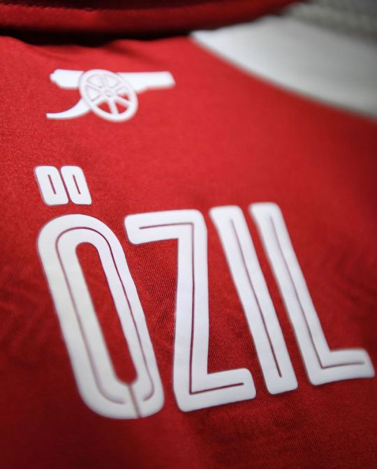 Özil love the beautiful game on tumblr. Mesut Ozil, football, calcio, futbol, arsenal, AFC, Gunners
