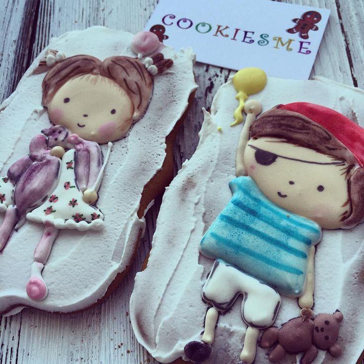 :)#Cookie #cookiesme #cookies#decoratedcookies #customcookies #kuki#gallets#angel#stroller#имбирныепряники #имбирныепряникиназаказ #имбирныепряникиназаказмосква#печенье #пряники #расписныепряники #подарокнакрещение#крещение#сладкийподарок #коляска#бутылочка#крестик#пчелка#пчелкамайя#малыш#подарокмалышке#bugaboo#royalicing#pirate