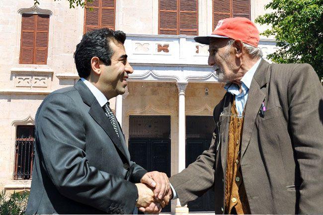 #Mersin Valisi Hasan Basri Güzeloğlu'ndan Babalar Günü Mesajı http://www.yenisehirgundem.com/mersin-valisi-hasan-basri-guzeloglundan-babalar-gunu-mesaji.html