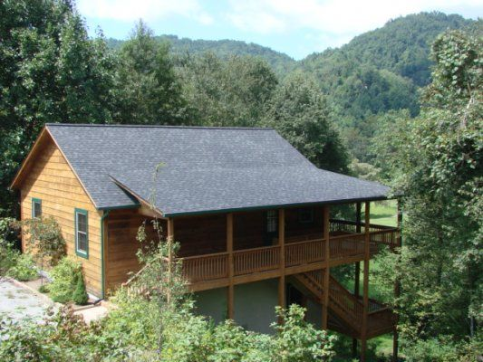 A Happy Roost - Blue Ridge Mountain Rentals - Boone and Blowing Rock NC Cabin Rentals