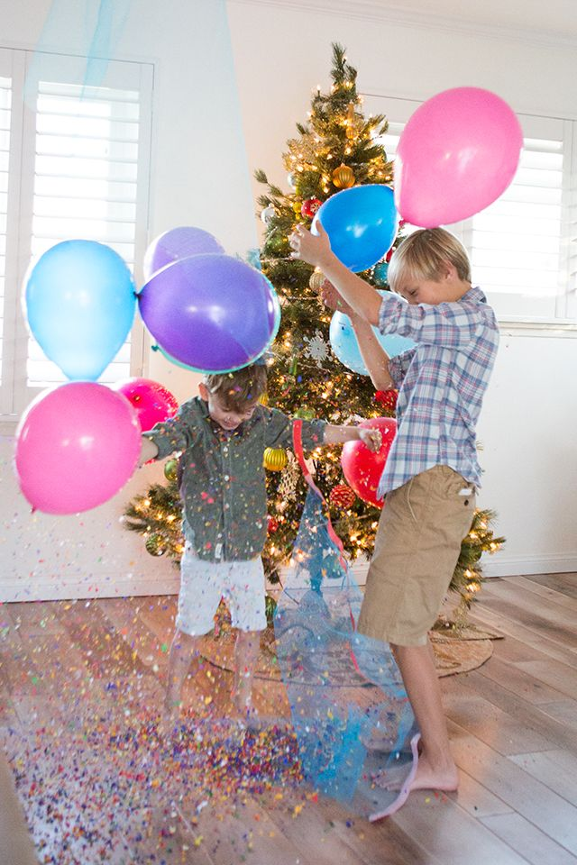 DIY New Year's Eve Balloon Drop for Kids