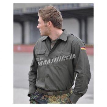 Camicia militare con patch