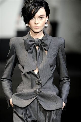 Giorgio Armani Privé. If I only had that sort of a figure...