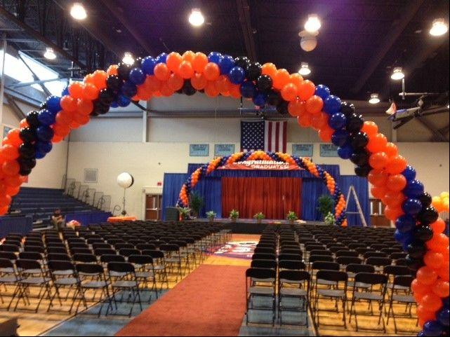 Thank you to our customer @ChasBalloonCo located in Mount Pleasant, SC for sharing this picture! The balloon arches were recently done for an event. They did an excellent job!