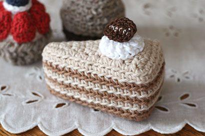 クロッシェ・パティシエのミルクレープ_かぎ針編み もっと見る