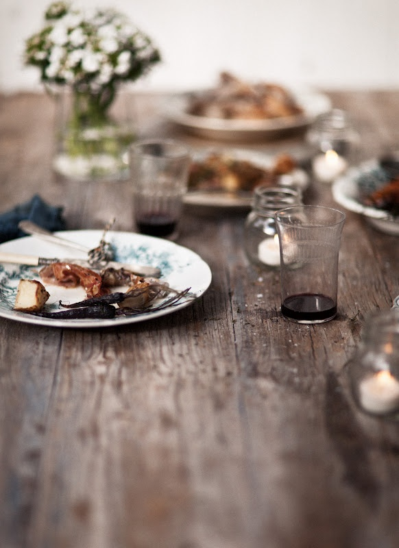Cosy Winter WarmersWinter Food, Inspiration, Tabletop Photography, Cozy Winter, Chic Bites, Rustic Tables, Winter Warmers, Food Photography, Cosy Winter