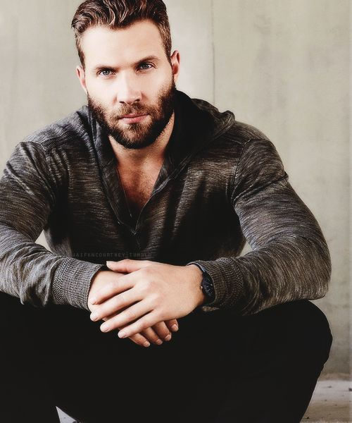 Jai Courtney/Джай Кортни