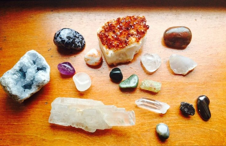 How To Choose A Healing Crystal That's Right For You