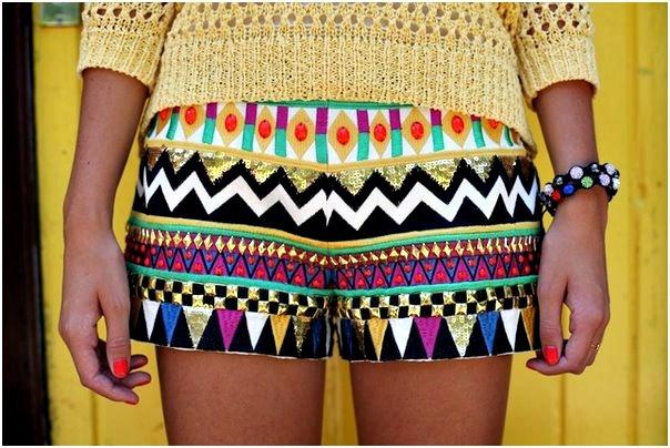 love the colors!: Dreams Closet, Patterns, Style, Tribal Shorts, Colors, Aztec Shorts, Prints Shorts, Tribal Prints, Summer Shorts