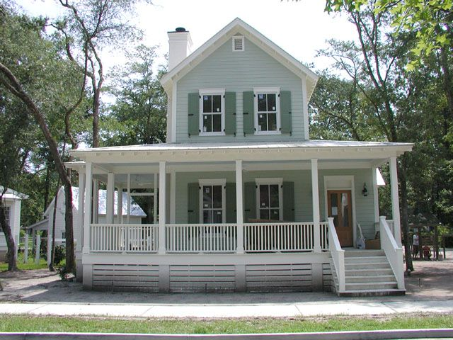 17 best ideas about southern cottage on pinterest beach for Country living house plans