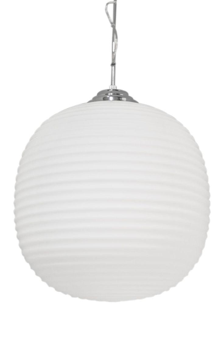 Taklampa Vitro av frostat glas med kromade delar och takkopp. Höjd 55 cm, Ø40 cm, 120 cm transparent kabel och vajer. E27 lamphållare, max 60W. Ljuskälla ingår ej.