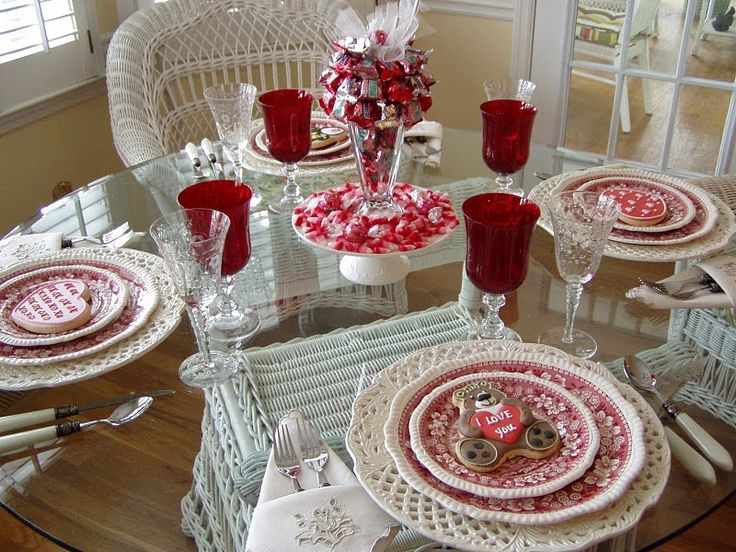 Lovely Valentines Table Decoration Ideas With Romantic Valentines Table  Setting Decoration Ideas Also Lovely Napkin Decor And Candi Art In Glass  Centerpiece ... Part 77