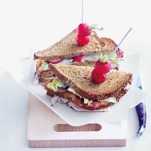 26 maart - ontbijtspek in de bonus - Recept - Snelle clubsandwich - Allerhande