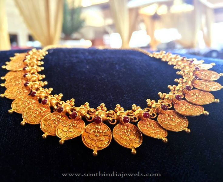 Traditional Gold Coin Necklace Designs, Traditional Gold Necklace Designs.