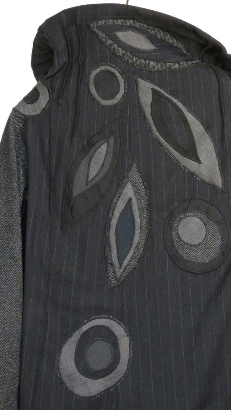 giacca donna,giaccone nero grigio,giacca lana,collo ampio,giacca nera,giacca primavera,giacca tre quarti,manica kimono,floreale,upcycled di decorandom su Etsy