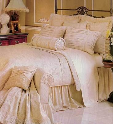 French Vanilla Bed Set