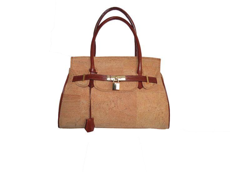 Handbag Bella | Original cork bag with padlock detail | Two compartments