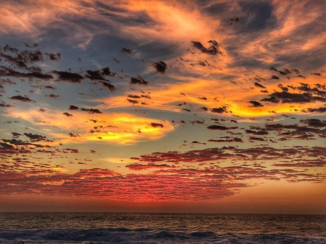 Sunrise Ballito! Hope your day is as beautiful! #sunrise #hdr #kwazulunatal #snapseed #riseandshine #kapow #gorgeous #skyfire #sexycloudporn #cloudporn #believe