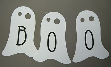 Like this garland idea...but with folded ghosts that the kids can cut out themselves.