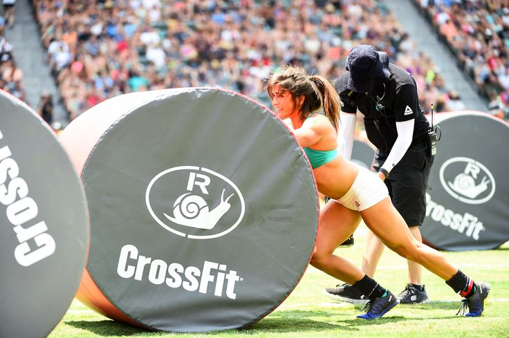 Lauren Fisher and the Snail at the 2016 Reebok CrossFit Games.   Photo: @Ruby Wolff