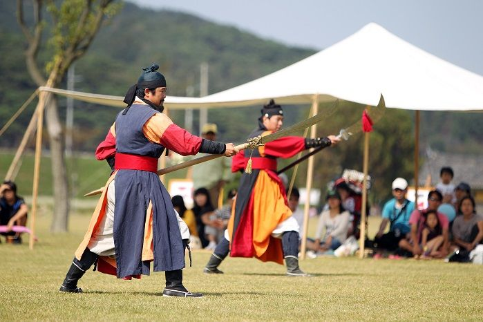 전통무예부터 타악, 판굿, 줄타기까지 조선의 모든 것을 만나는 시간여행, 충북 서산 해미읍성 전통문화공연