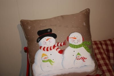 Painted by Cheryl: painted snowman pillows