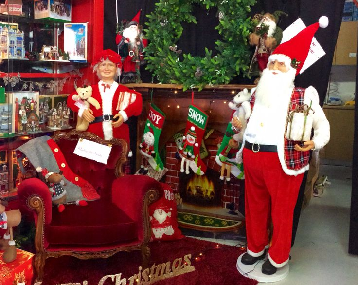 http://www.christmascomplete.com.au/Dancing-Santa-5FT-with-Vest_p_801.html