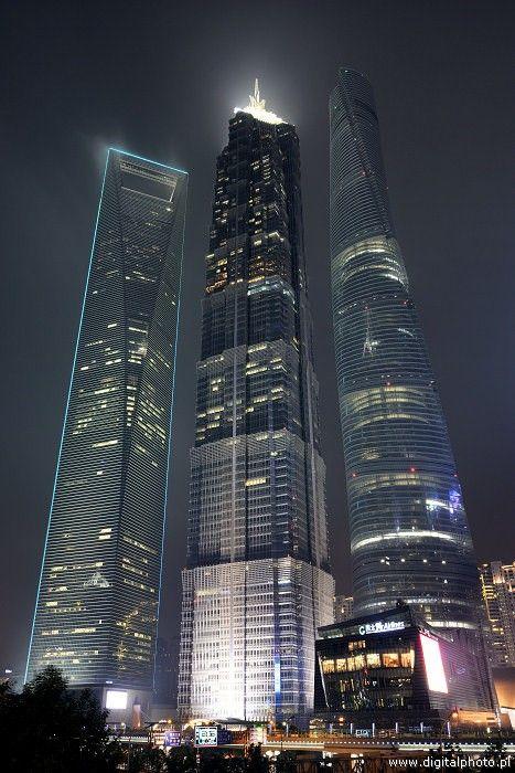 Fotografia nocna, najwyższe drapacze chmur w Szanghaju