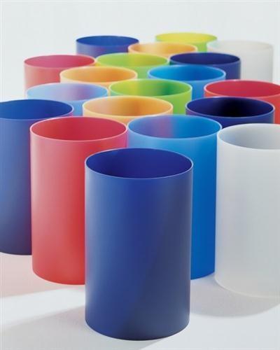 GETTACARTE (1966) di Gino Colombini, è uno dei prodotti di maggior successo della Kartell, ancora oggi in produzione, pur nella sua semplicità formale.