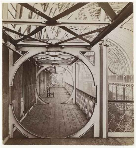 Joseph Warren Zambra - Bulls Eye Gallery, Crystal Palace, London, c. 1851 © RMN