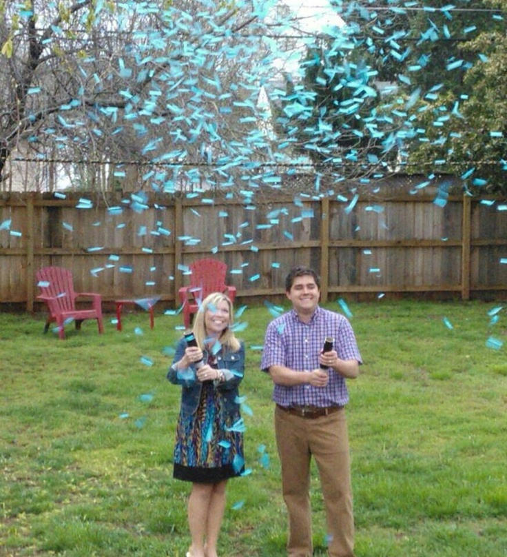 Our baby reveal!!! Love the idea of confetti! They sell these confetti poppers at Party City.