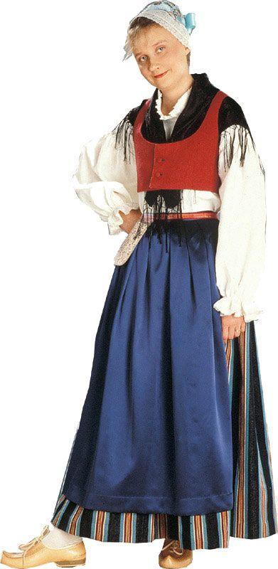 Folk dress of Keuruu region, Finland   Keuruun naisen kansallispuku. Kuva © Suomen käsityön museo