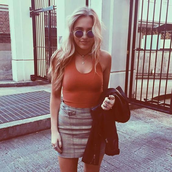 Lennon Stella,tv show Nashville.\ got the fashion style on point, way up on a Saturday