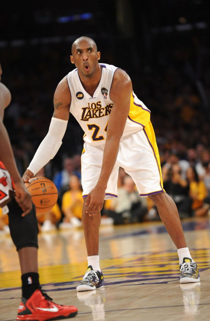 Kobe Bryant makes weird faces on the court.
