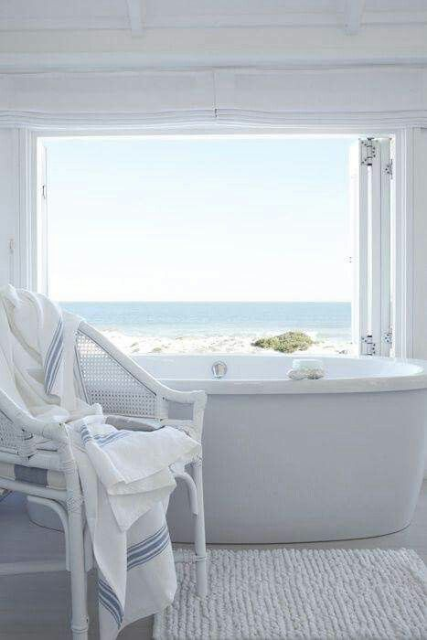 With a view like this who'd leave the bath!?