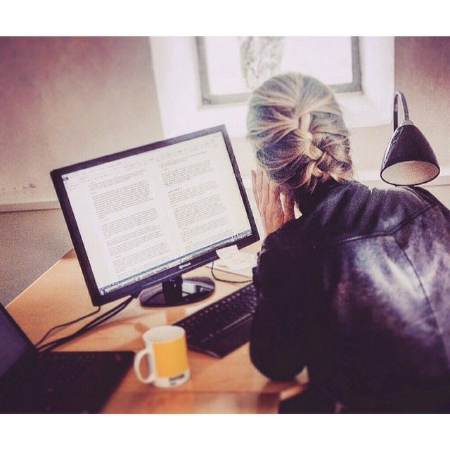 The pej trend team's editor Pernille is hard at work with our exciting new project. Stay tuned! #pejtrend #pejgruppen #newproject