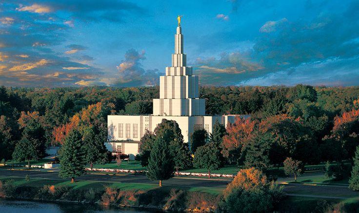 Idaho Falls Temple in Idaho Falls, ID
