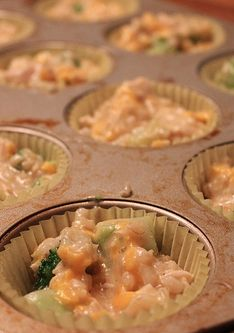 Freezer Friendly Chicken Broccoli Rice Cups -- this recipe is hands down one of our very favorite. It's easy to whip up, it's frugal, and it freezes well!