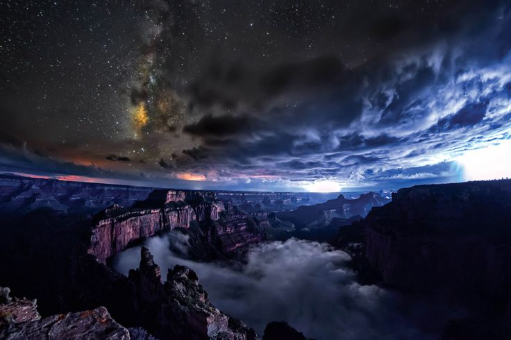 Although rare, full cloud inversions are something we know well here, covering the same phenomena over the last few years both here and here. This particular timelapse video by filmmaker Harun Mehmedinoviccaptures how beautifully the descending clouds imitate waves when trapped within the Grand Can