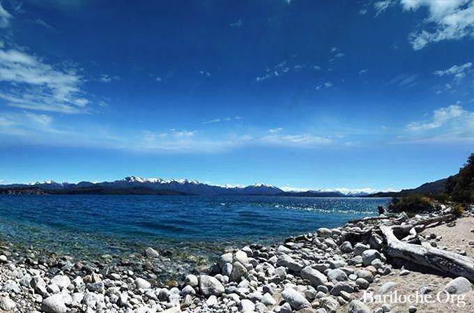 Buen Martes! 9° la temperatura actual en Bariloche, parcialmente nublado.   Este Verano Bariloche te Espera! www.Bariloche.Org