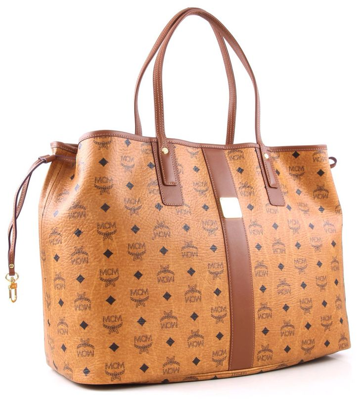 Iam in love with the mcm shopper bag