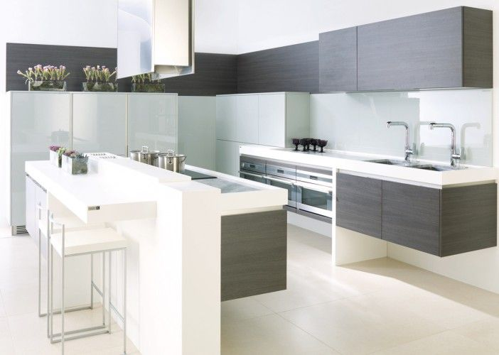 This is a prime example of how our collection has the flexibility to meet the demands of most briefs and budgets. Combining the high quality lacquers with the more cost effective laminates, we have created a stunning design at a very competitive price.