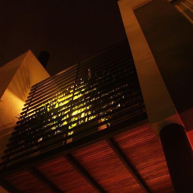 estudio|44 arquitectura (@estudio44arq) • #Iluminacion, #materialidad #espacialidad. #minimalista.