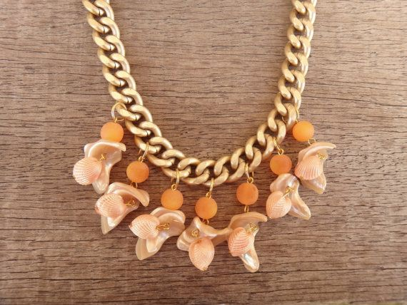 Peach Sea Shell Charms Beige Mother Of Pearl Orange by Twininas, €24.00