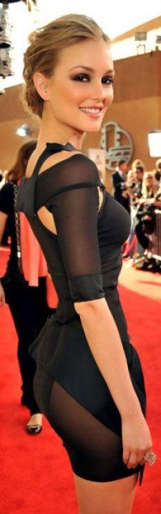 Laughton in Versace on red carpet fashion dress #black #RockStar