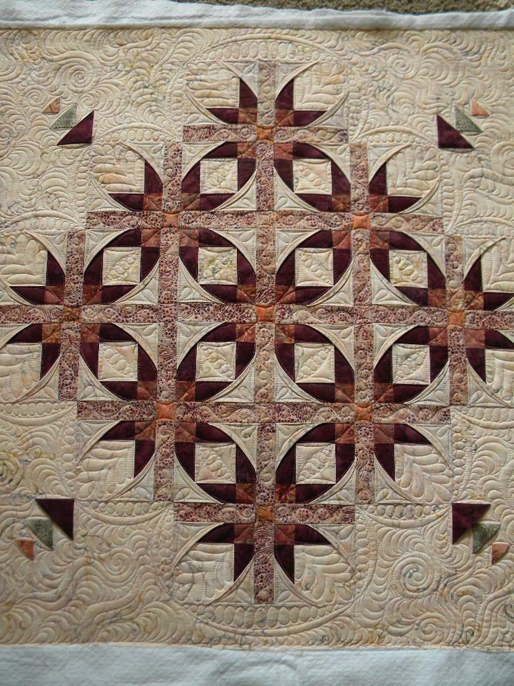 Beautiful quilt and quilting. Quilted by Jenny's Doodling Needle