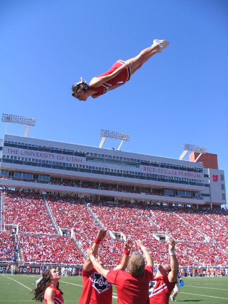 Basket Toss cheer collegiate University of Utah cheerleaders Utes college cheerleading #cheer #KyFun m.4.58 moved from Cheerleading: Utah Schools board