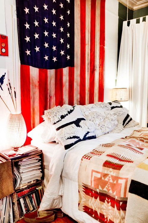 eclectic bedroom 4 Patriotic Rooms That Would Make the Founding Fathers Proud
