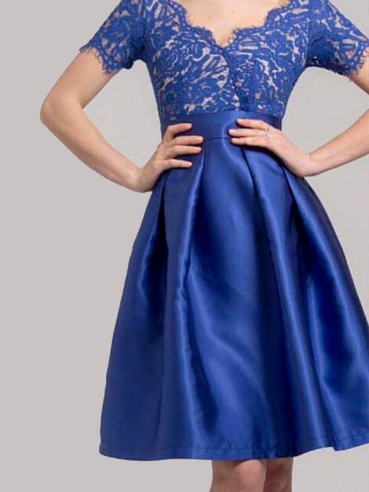 Vestido Patricia Azul electrico  -  Precioso vestido de la colección bbc, de corte midi con falda armada en tafetán y cuerpo encaje con manga. Lleva cremallera trasera. Tallas S 36 M38 L 40 XL 42  - MODA FIESTA - Moda Casual Low Cost de Presagio Boutique