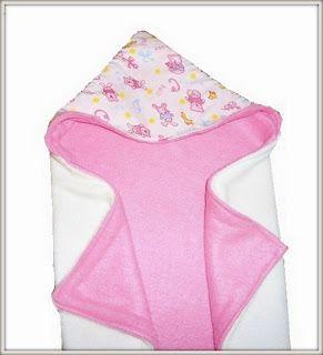 Decke mit Kapuze nähen - Einschlagdecke, geht sicher auch als Badehandtuch, Kapuzenhandtuch - Abby's Reversible Hooded Baby Blanket (Free Sewing Pattern)